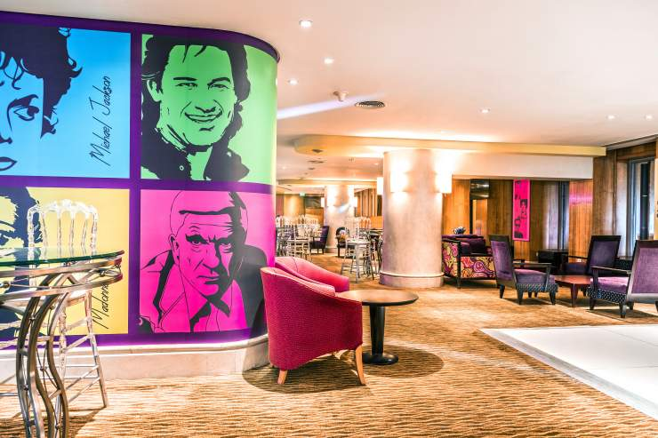 Simply Neon at Holiday Inn Cairo Citystars